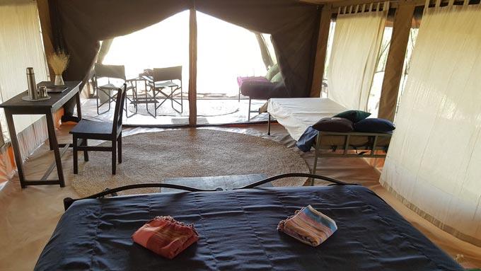 Lago Natron camps